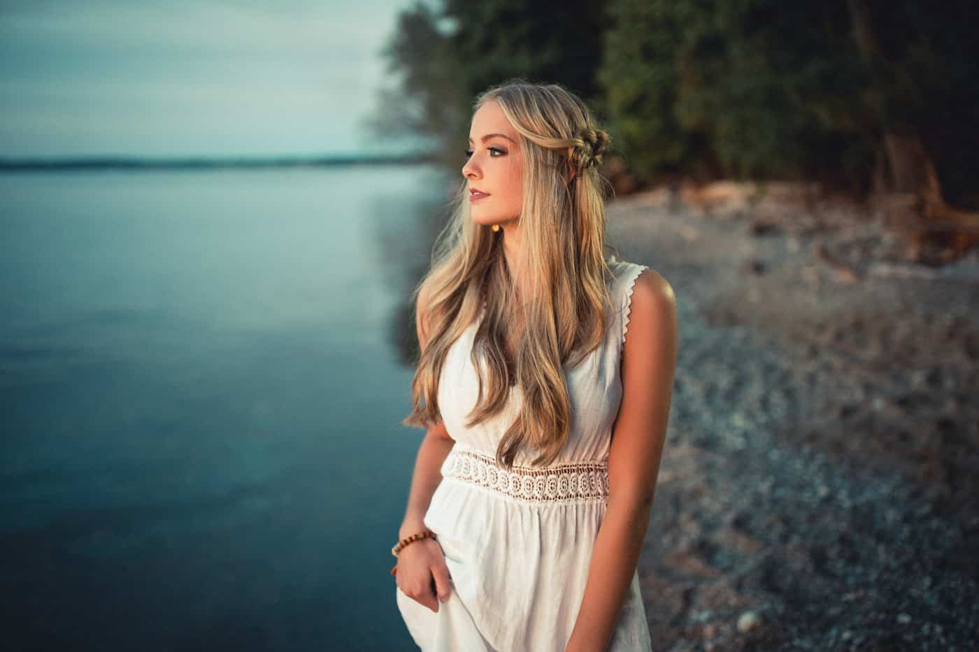 Senior Pictures on the water in Green Bay
