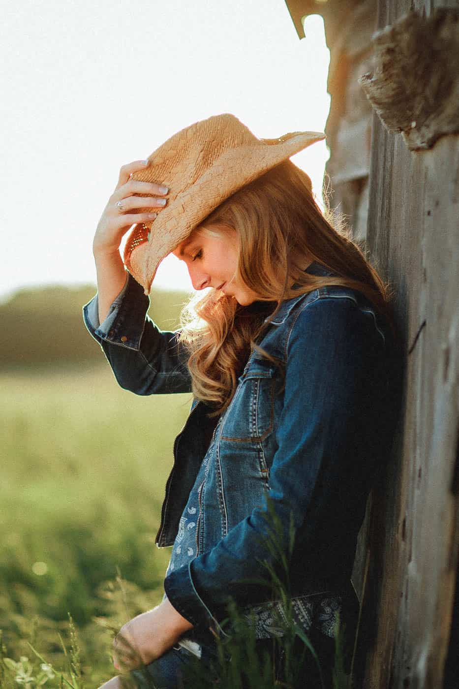 Country chic senior portrait outfit iinspiration